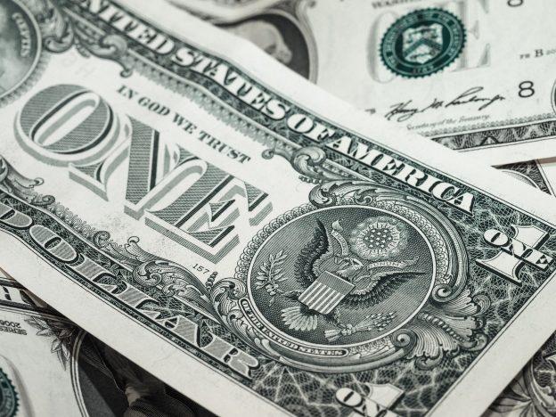 Saham Terbaik Di Bawah $ 5   Gunakan Bitcoin