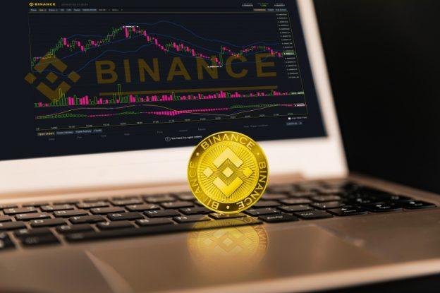 Binance Coin (BNB) Melonjak 15% Melampaui Bitcoin Cash