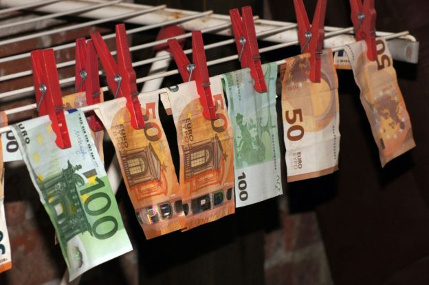 Pencucian uang menggunakan fiat, bukan crypto: report