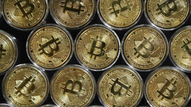 Pertukaran Crypto OKEx menghentikan penarikan di penyelidikan China