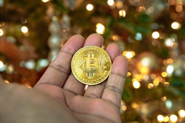 Bitcoin Melampaui $ 27.600 Dengan Penilaian $ 500B
