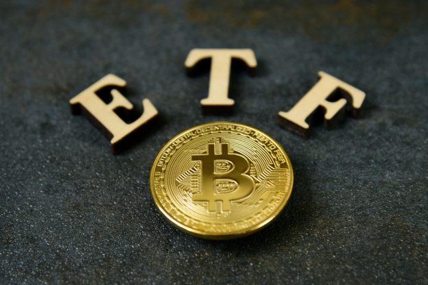 Bitcoin Berkonsolidasi, Menggerakkan Harapan Untuk Crypto ETF