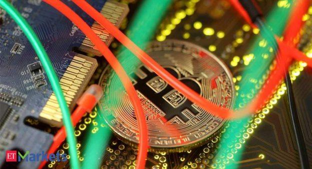 Investor menjual aset kripto dengan larangan, ketakutan pajak