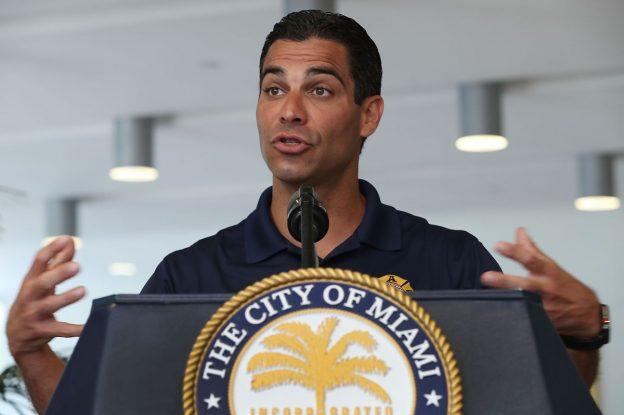 Walikota Miami Mendorong Crypto Dengan Tawaran untuk Membayar Pekerja dalam Bitcoin