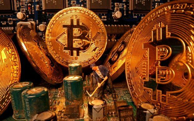 Bitcoin Bisa Menghasilkan $ 100K Tahun Ini, kata COO CoinGecko, tetapi Resiko Menunggu