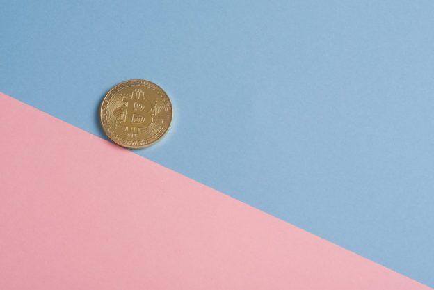 Bitcoin Jatuh Di Bawah $ 44.000 Karena Tekanan Jual Berlanjut Selama Akhir Pekan