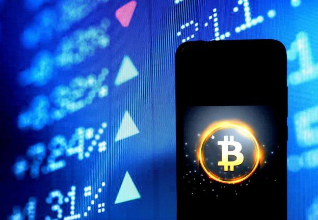 Bitcoin Dan Pasar Crypto Menghancurkan $ 2 Triliun Karena Harga Ethereum, Koin Binance, Litecoin Dan XRP Ripple Tiba-Tiba Melambung