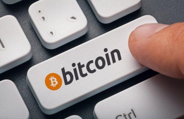 Bitcoin Mendekatkan $ 10.000 - Analis Pertimbangkan Hedge Funds Bisa Mulai Membeli Aset Lindung Nilai