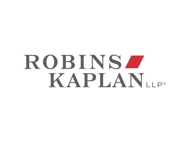 Dosis Harian Keuangan 7.16.2020 | Top Story: Crypto Scheme Hacks Pengguna Twitter Nama Besar | Robins Kaplan LLP