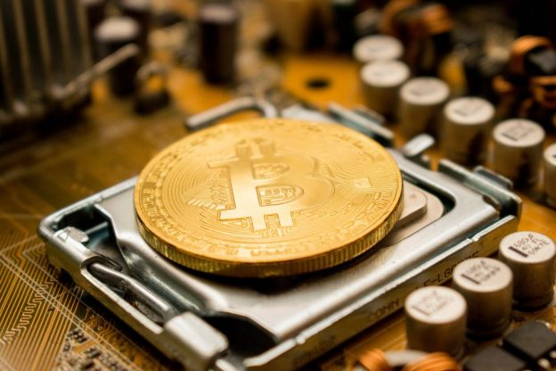 Indikator Menjadi Bullish Saat Paus Terus Memegang Bitcoin