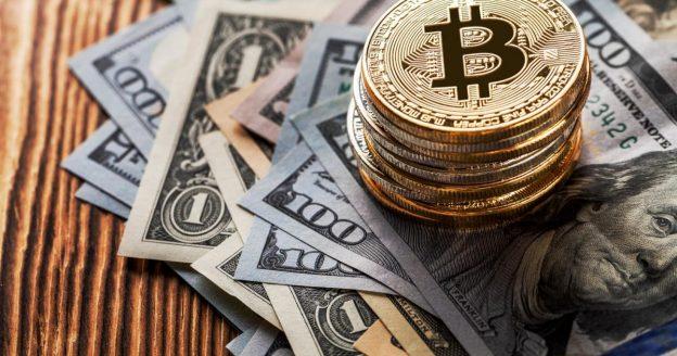 PayPal Holdings (NASDAQ: PYPL), Square (NYSE: SQ) - Akankah Perusahaan Keuangan Tradisional Terbukti Lebih Menarik Untuk Orientasi Investor Crypto Baru?