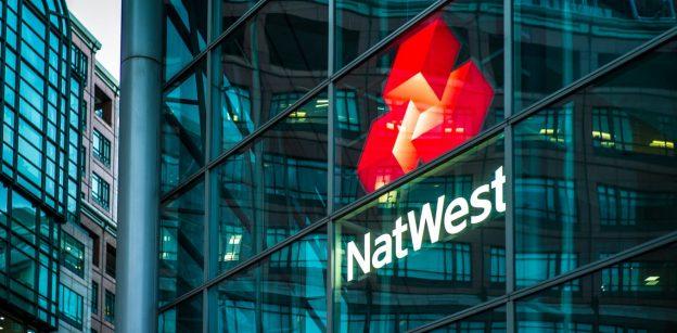 Bank-bank Inggris semakin keras pada crypto, tetapi aturan pencucian uang adalah masalah sebenarnya