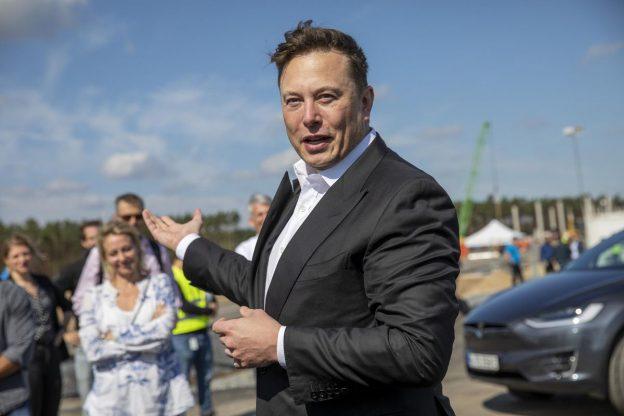 Miliarder Tesla Elon Musk 'Mengungkapkan' Rencana SpaceX Untuk Dogecoin Crypto 'Lelucon' Sebagai Bitcoin dan Ethereum yang Hampir Harga Tertinggi Sepanjang Masa