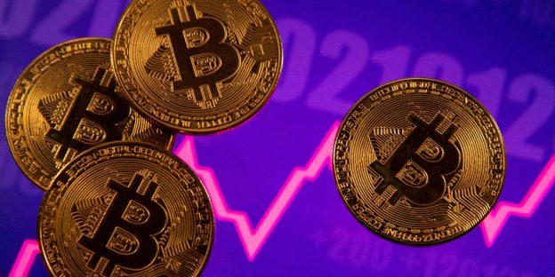 Ahli Crypto Menawarkan Prediksi Bitcoin, Saran Penting untuk Pemula