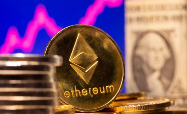 Analis Crypto yang berhasil meningkatkan eter ke $ 3400 mengatakan $ 10.000 adalah yang berikutnya