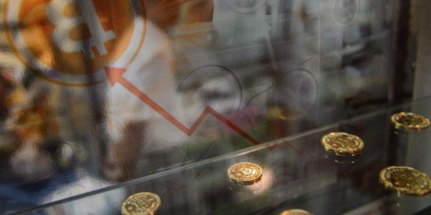 Bitcoin melakukan aksi jual baru karena China menegaskan kembali rencana tindakan keras crypto