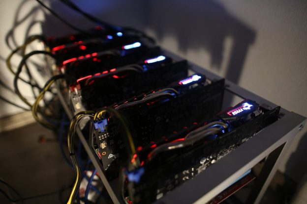 Dominasi Kripto Bitcoin Jatuh Saat Eter dan Koin Lain Melonjak
