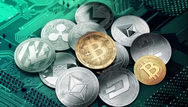 Cryptocurrencies, Altcoins and some staking coins