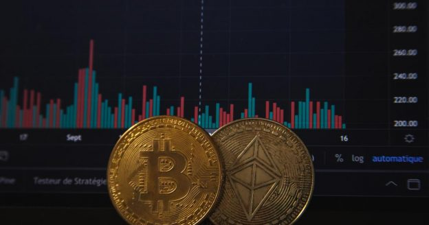 Amp Crypto Continues To Strike Gains As Bitcoin, Ethereum, Dogecoin Drop Lower