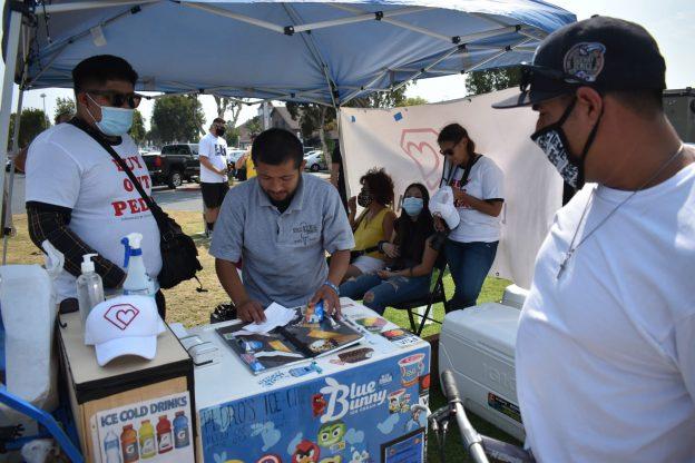 Dari Venmo ke kripto, organisasi nirlaba ingin memindahkan pedagang kaki lima dari uang tunai demi keselamatan mereka • Long Beach Post News