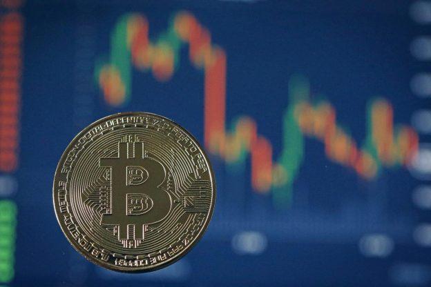 Bitcoin 'Untuk Menyalip' Dolar Pada 2050 Dan Melambung Menjadi $66.000 Pada Akhir 2021