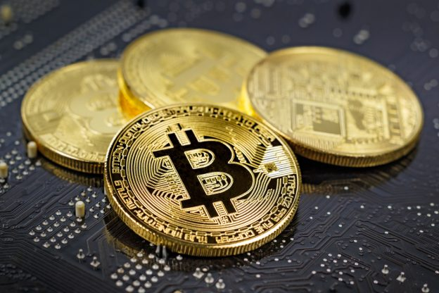 Crypto Market on Defensive Ahead of US Inflation Data