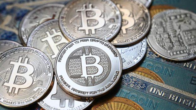 Pasar Cryptocurrency mencapai $2 triliun di tengah kenaikan harga bitcoin