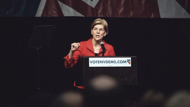 Senator Elizabeth Warren mengatakan 'crypto adalah bank bayangan baru'